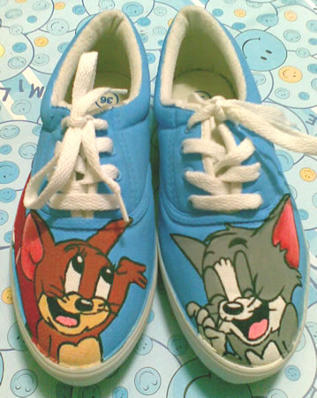 sepatu lukis Tom and Jerry 4